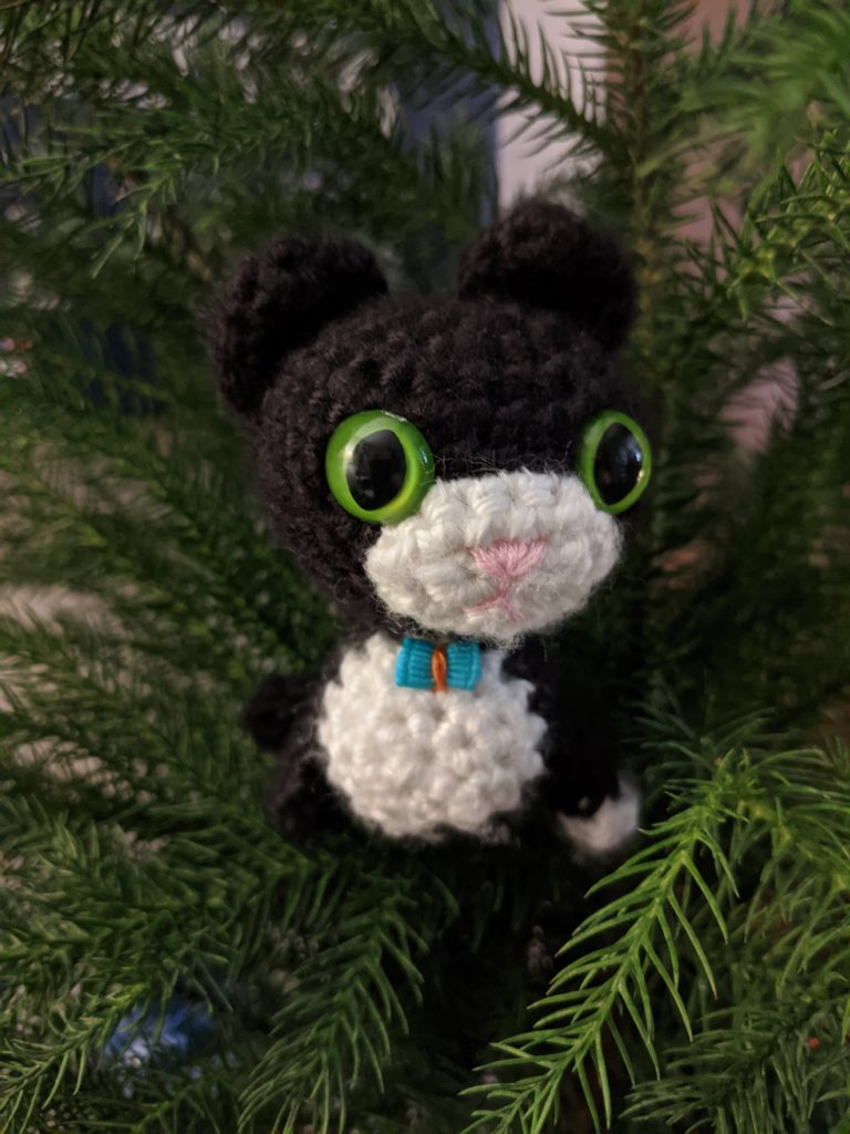 Oliver in my mini Christmas tree